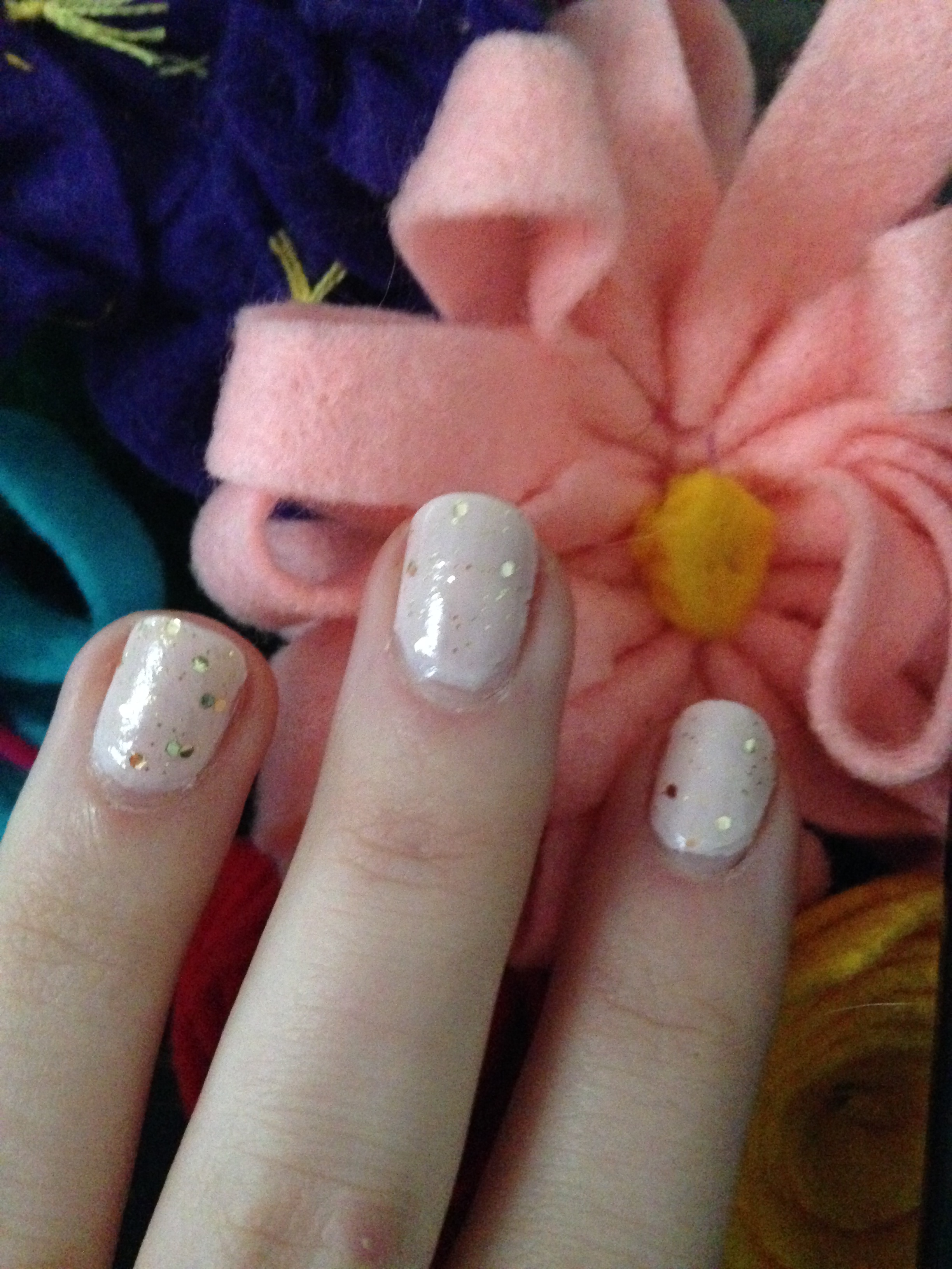 You\'re a Beauty: Nails with a little sparkle   The Pink Puck