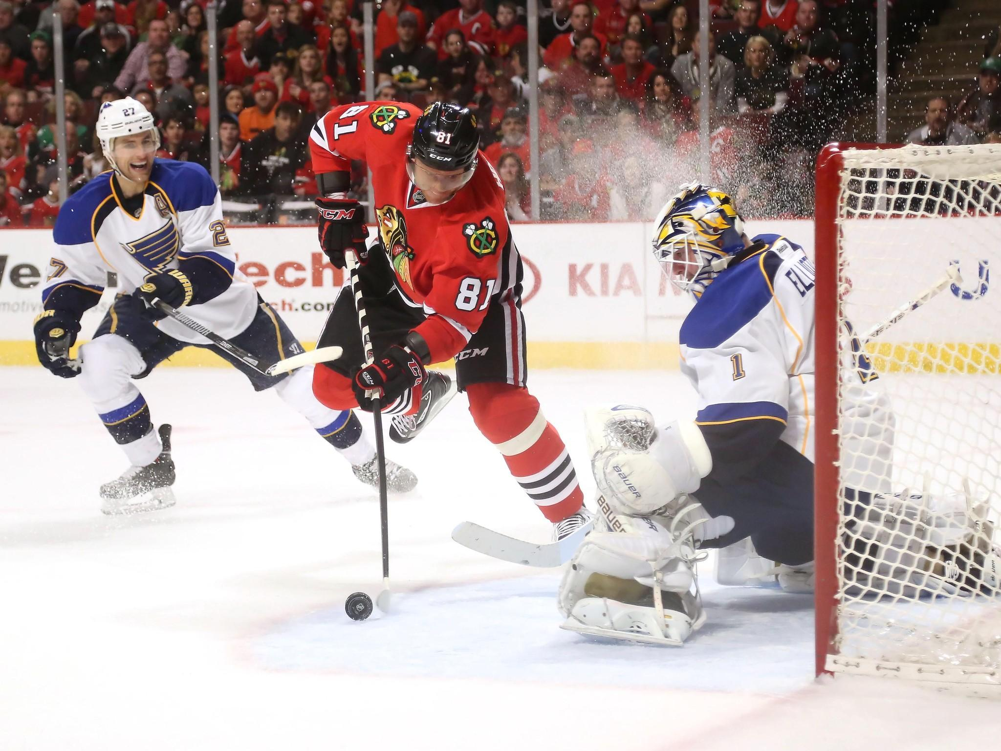 "Blackhawks and Blues: ""Arch"" Rivals' Game 1 in St. Louis 