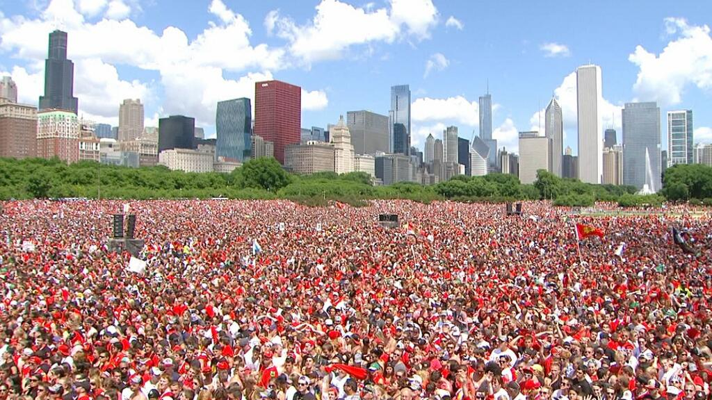 blackhawks-parade