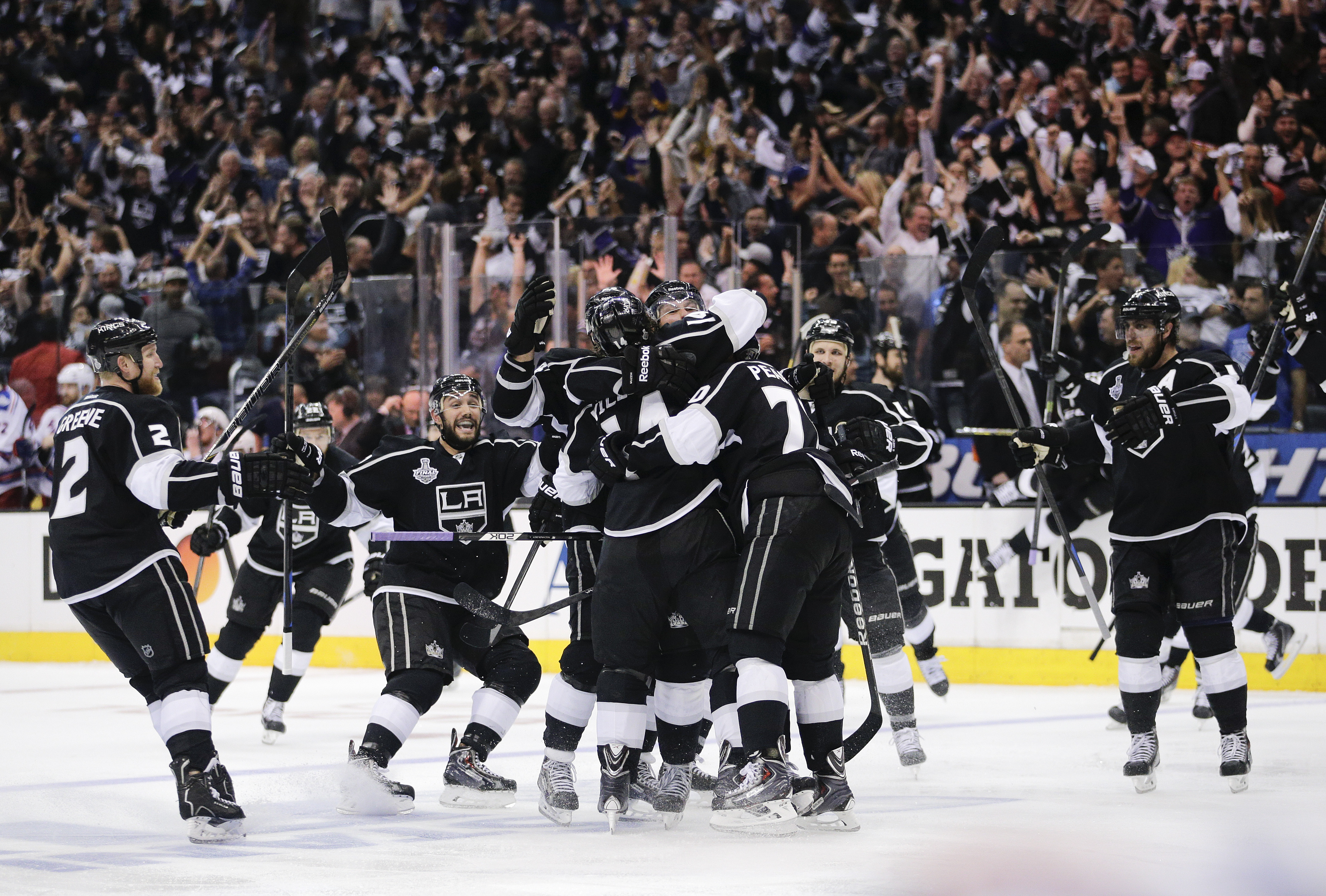 Kings summer with the cup the pink puck kings summer with the cup hockey nhl la kings voltagebd Gallery