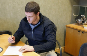 Charlie Coyle - Contract Extension (Photo: Minnesota Wild)