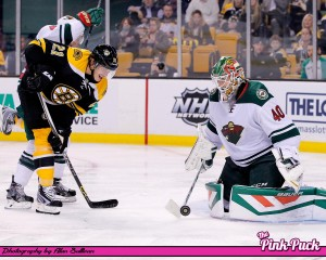 Loui Eriksson on Dubnyk's doorstep