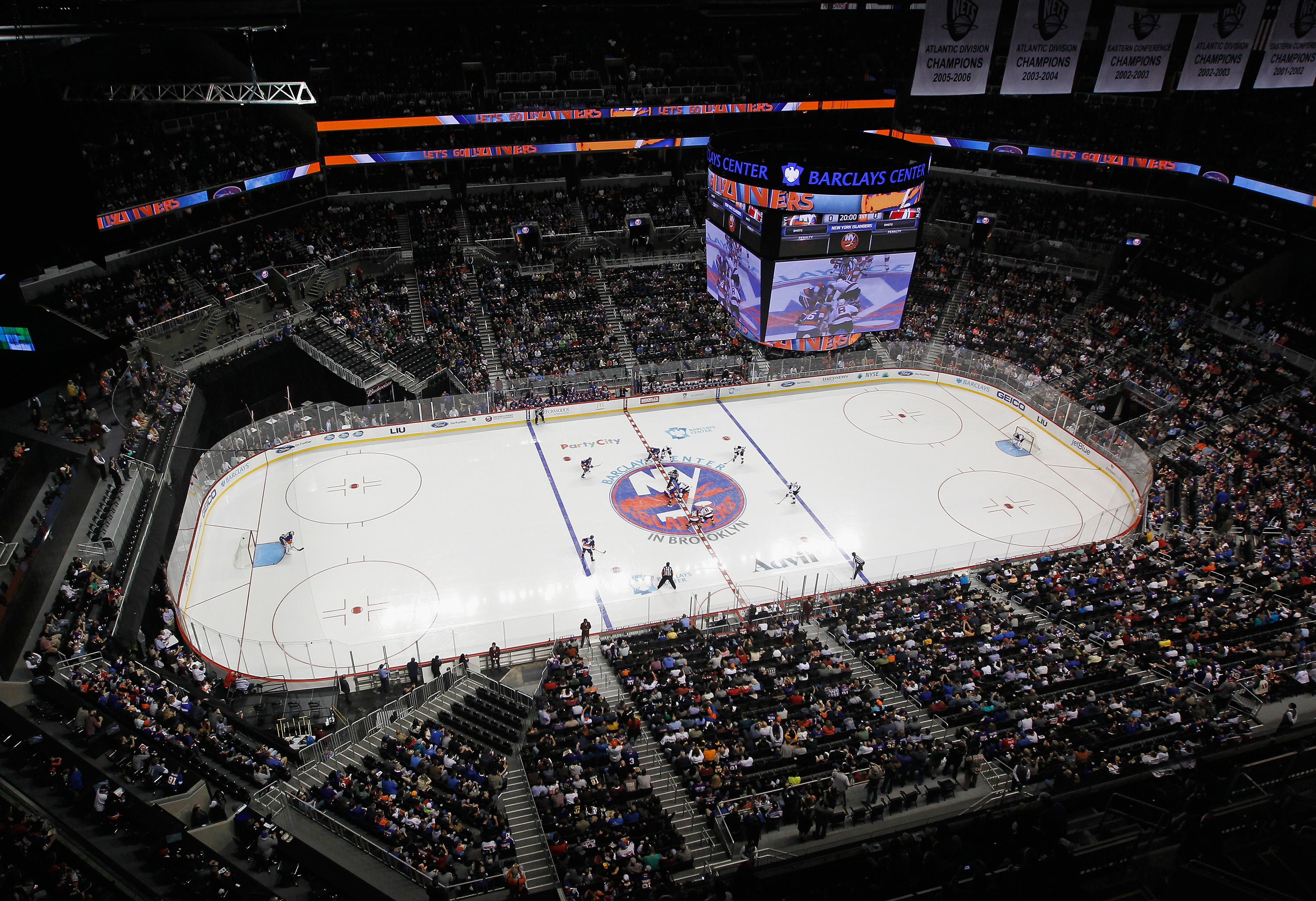 Brooklyn Yet To Feel Like Home For Islanders Fans The Pink Puck